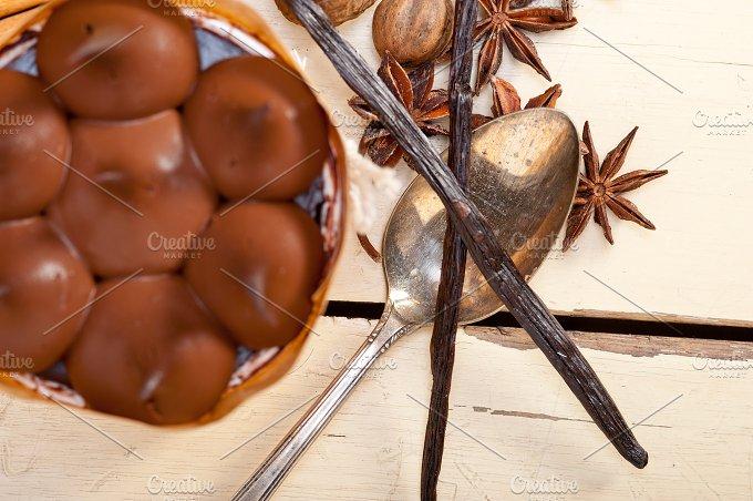 chocolate and spice cream cake dessert 012.jpg - Food & Drink