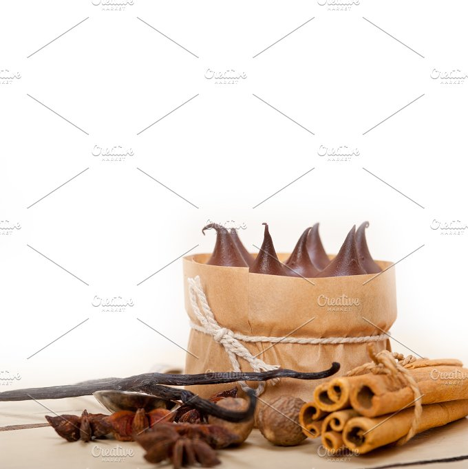 chocolate and spice cream cake dessert 018.jpg - Food & Drink