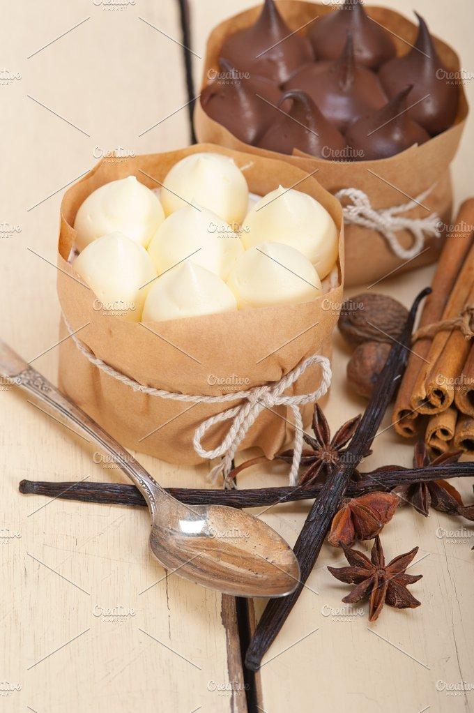 chocolate vanilla and spice cream cake dessert 004.jpg - Food & Drink