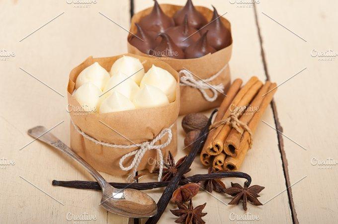 chocolate vanilla and spice cream cake dessert 007.jpg - Food & Drink