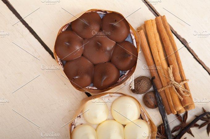 chocolate vanilla and spice cream cake dessert 010.jpg - Food & Drink