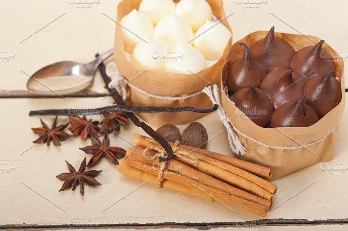 chocolate vanilla and spice cream cake dessert 026.jpg - Food & Drink