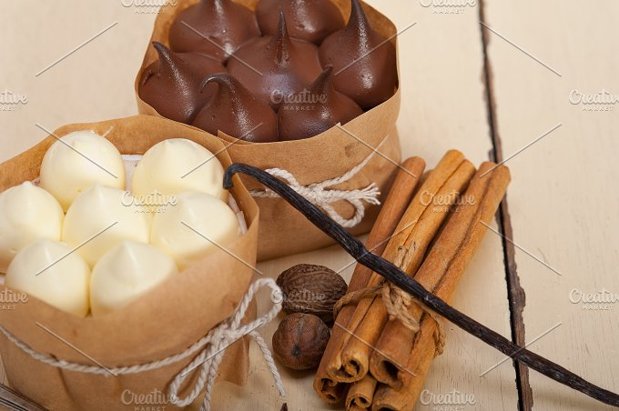 chocolate vanilla and spice cream cake dessert 054.jpg - Food & Drink