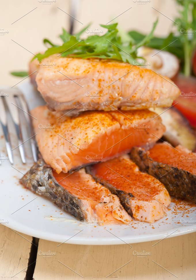 grilled salmon filet with vegetables 003.jpg - Food & Drink