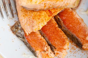 grilled salmon filet with vegetables 015.jpg