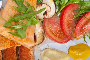 grilled salmon filet with vegetables 016.jpg