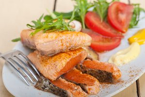 grilled salmon filet with vegetables 019.jpg