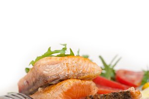 grilled salmon filet with vegetables 018.jpg