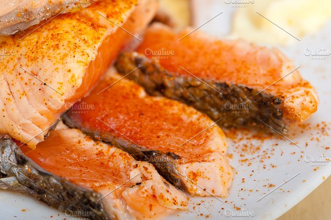 grilled salmon filet with vegetables 023.jpg - Food & Drink