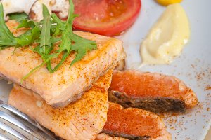 grilled salmon filet with vegetables 028.jpg