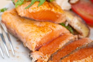 grilled salmon filet with vegetables 030.jpg