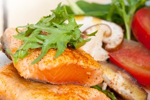 grilled salmon filet with vegetables 035.jpg