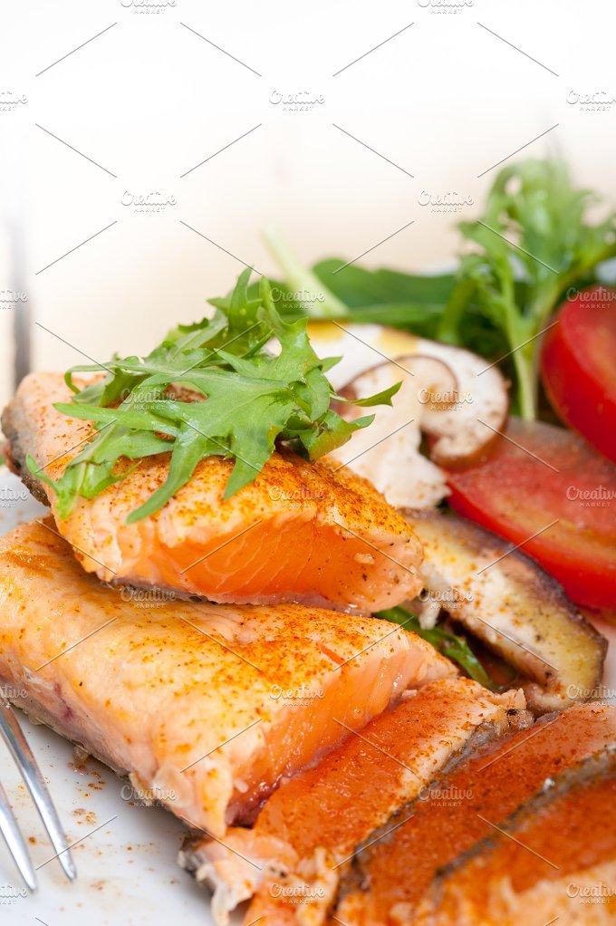 grilled salmon filet with vegetables 035.jpg - Food & Drink