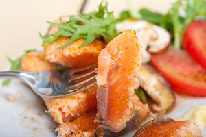 grilled salmon filet with vegetables 048.jpg