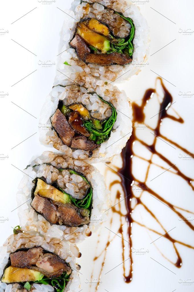 japanese sushi 220.jpg - Food & Drink