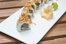 Japanese sushi rolls 002.jpg