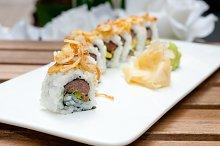 Japanese sushi rolls 003.jpg