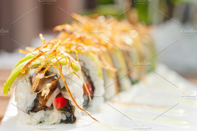 Japanese sushi rolls 016.jpg - Food & Drink
