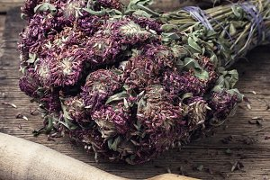 Dried medicinal herb