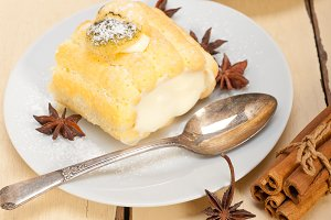 fresh cream roll cake and spices 002.jpg