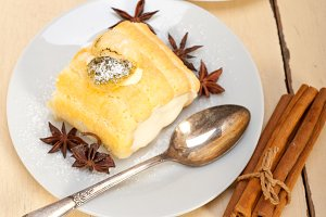 fresh cream roll cake and spices 026.jpg