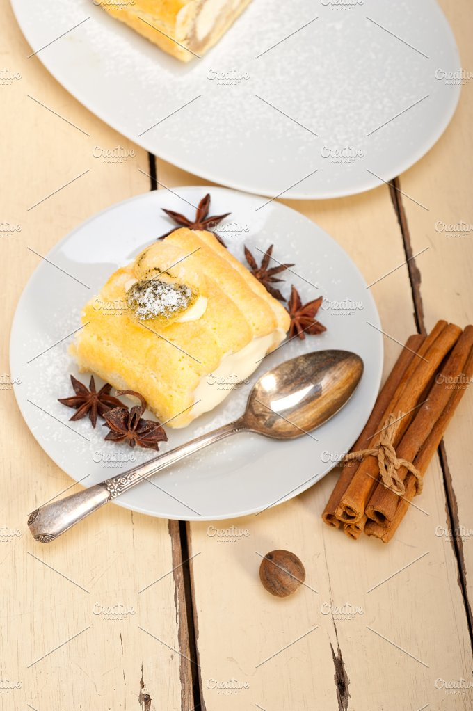 fresh cream roll cake and spices 026.jpg - Food & Drink