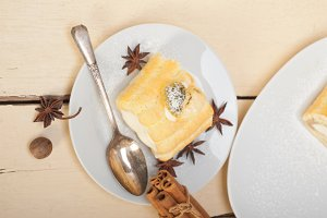 fresh cream roll cake and spices 008.jpg