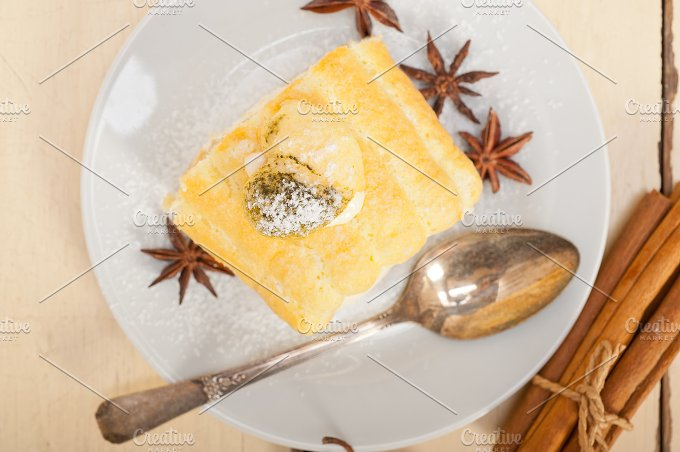 fresh cream roll cake and spices 009.jpg - Food & Drink
