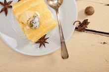 fresh cream roll cake and spices 010.jpg