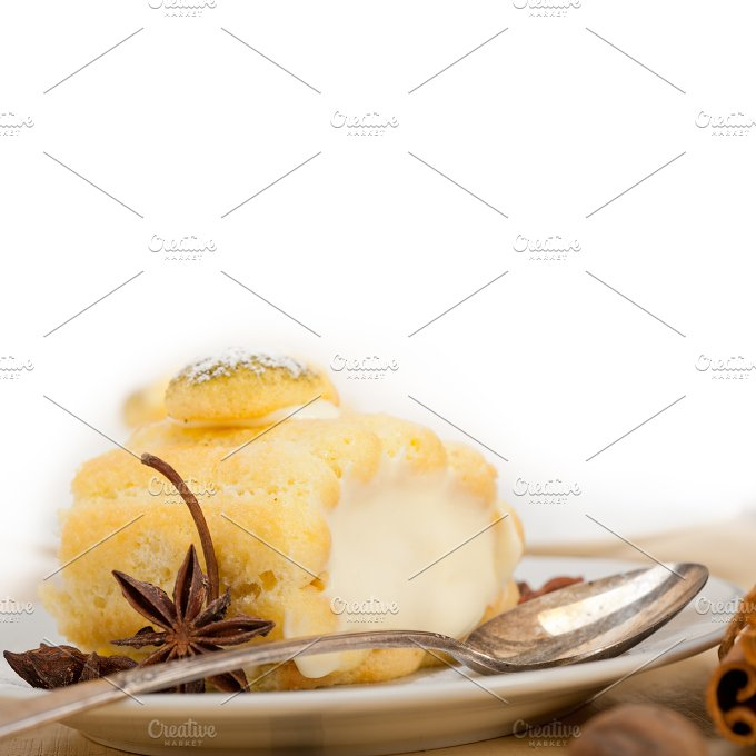 fresh cream roll cake and spices 018.jpg - Food & Drink