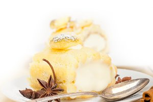 fresh cream roll cake and spices 022.jpg