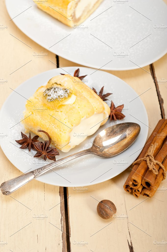 fresh cream roll cake and spices 025.jpg - Food & Drink