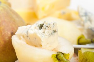 fresh pears and cheese 006.jpg