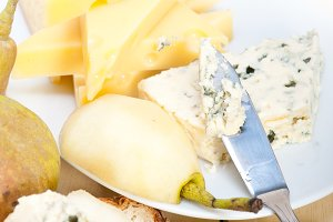 fresh pears and cheese 019.jpg