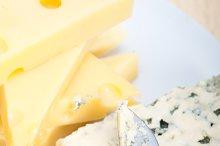 fresh pears and cheese 020.jpg
