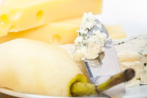 fresh pears and cheese 022.jpg