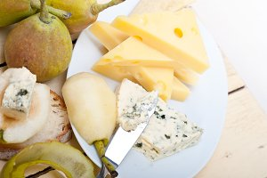 fresh pears and cheese 028.jpg