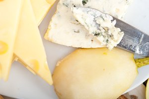 fresh pears and cheese 031.jpg