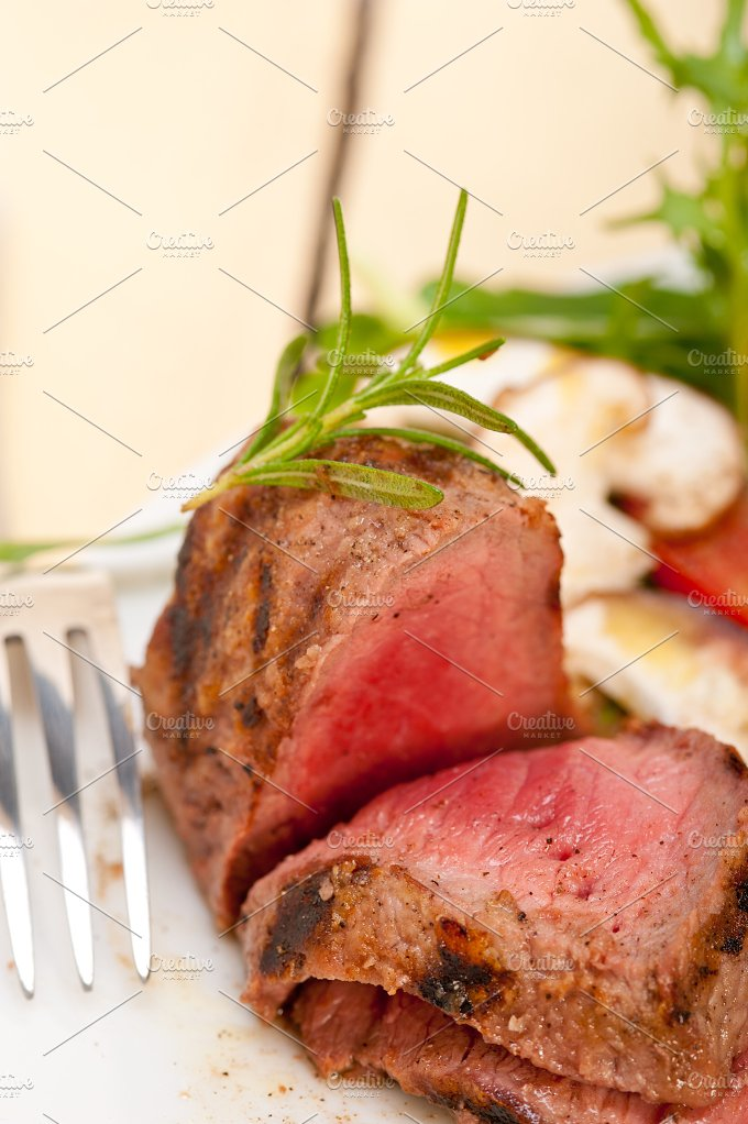 grilled beef filet mignon with vegetables 065.jpg - Food & Drink