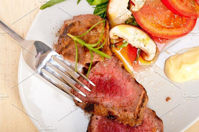 grilled beef filet mignon with vegetables 005.jpg - Food & Drink