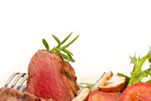 grilled beef filet mignon with vegetables 007.jpg