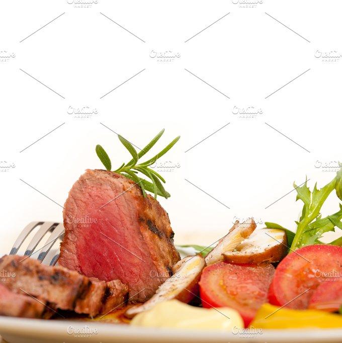 grilled beef filet mignon with vegetables 007.jpg - Food & Drink