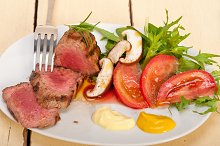 grilled beef filet mignon with vegetables 010.jpg