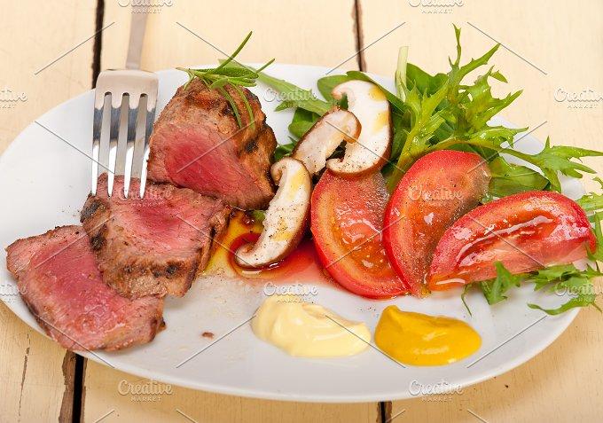 grilled beef filet mignon with vegetables 010.jpg - Food & Drink