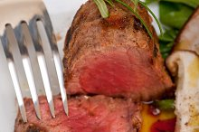 grilled beef filet mignon with vegetables 021.jpg