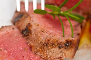 grilled beef filet mignon with vegetables 024.jpg