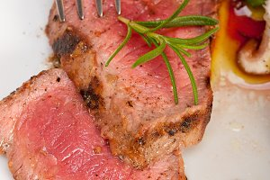 grilled beef filet mignon with vegetables 026.jpg