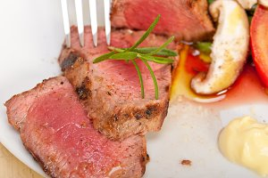 grilled beef filet mignon with vegetables 029.jpg