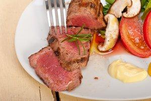 grilled beef filet mignon with vegetables 030.jpg