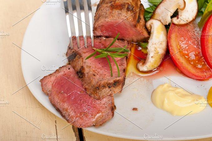 grilled beef filet mignon with vegetables 030.jpg - Food & Drink